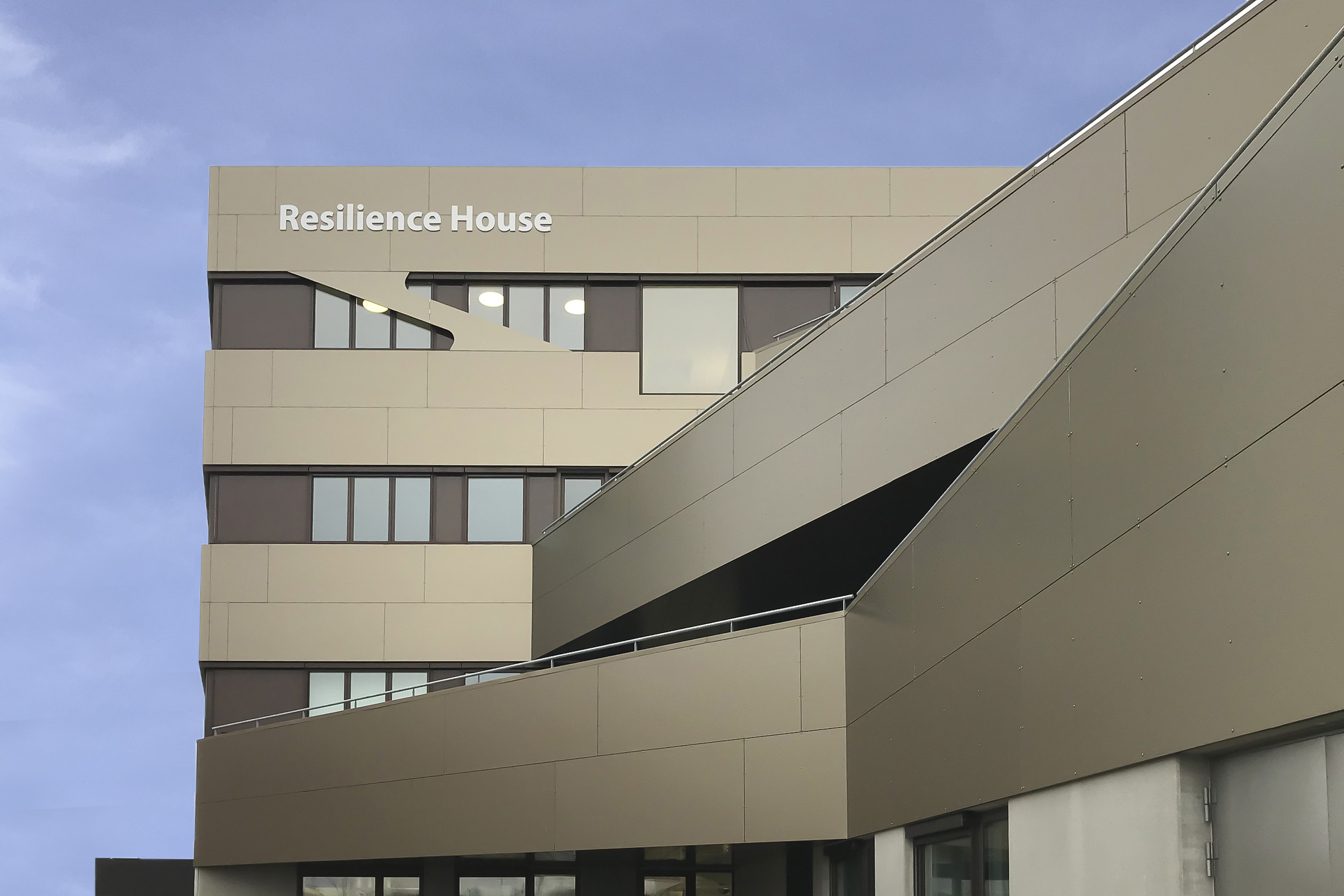 resilience-house-STB-E03