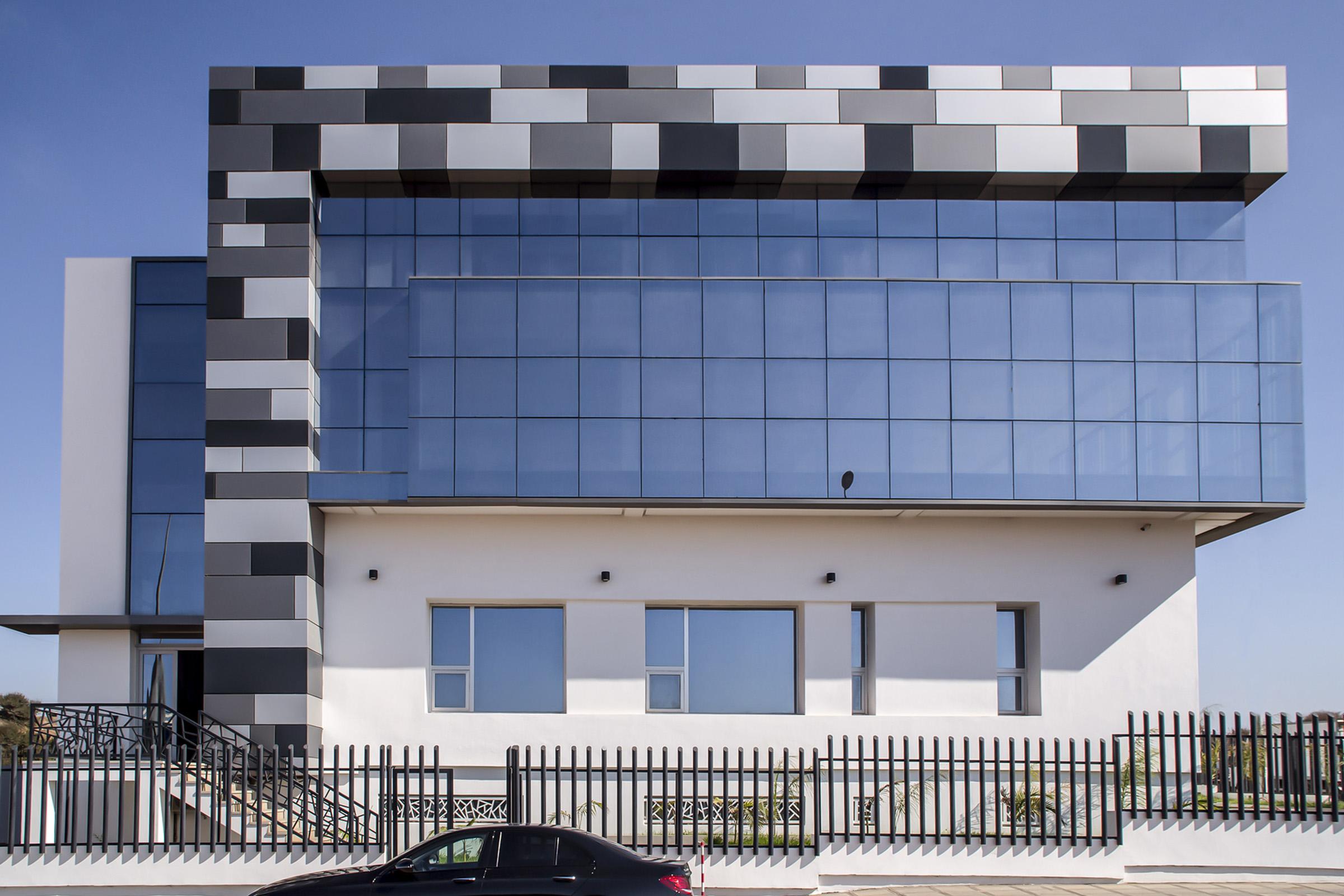 hyatt-negoce-ain-atiq-sede-central-STB-458