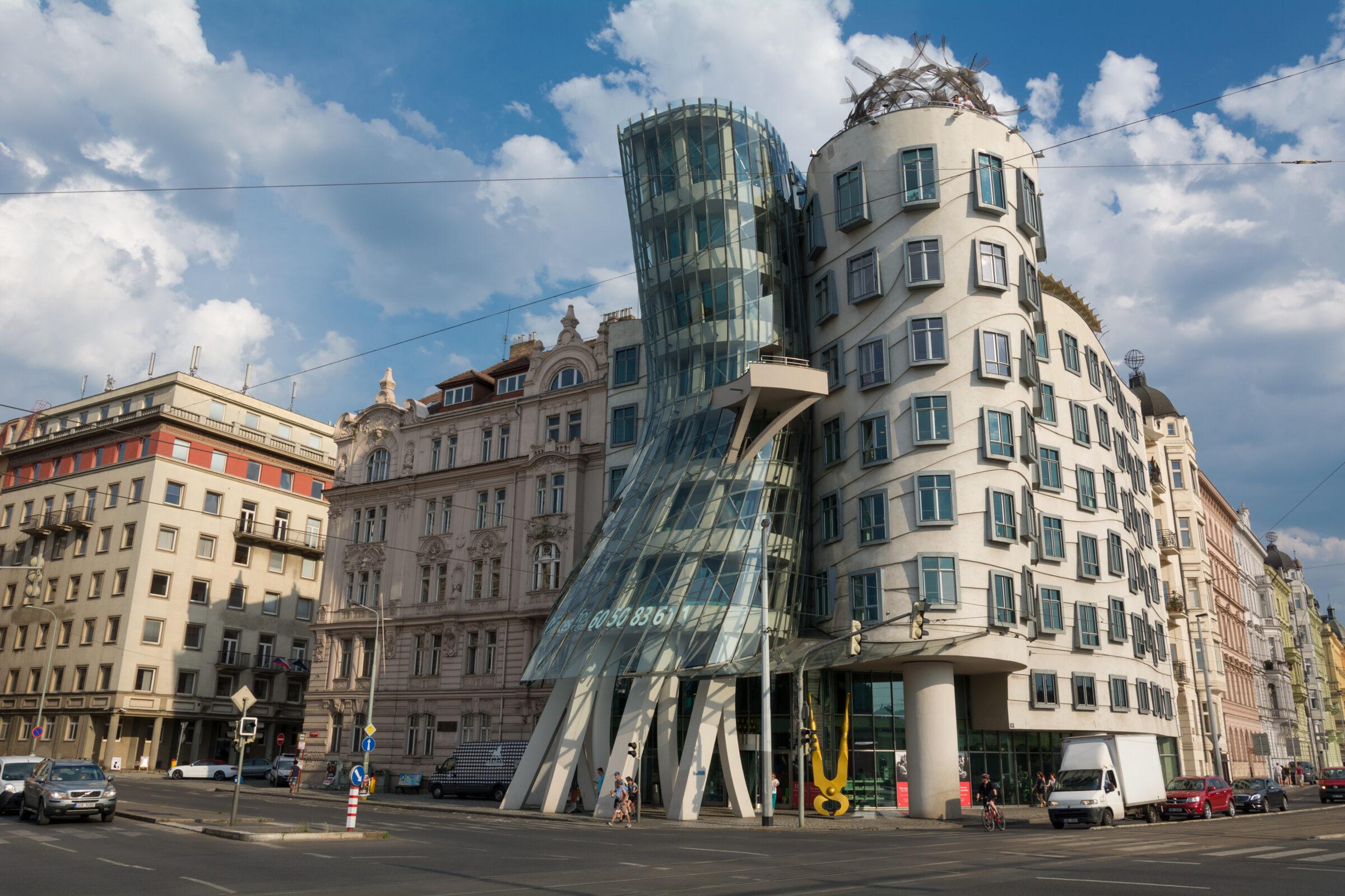Casa danzante de Praga - Dancing House